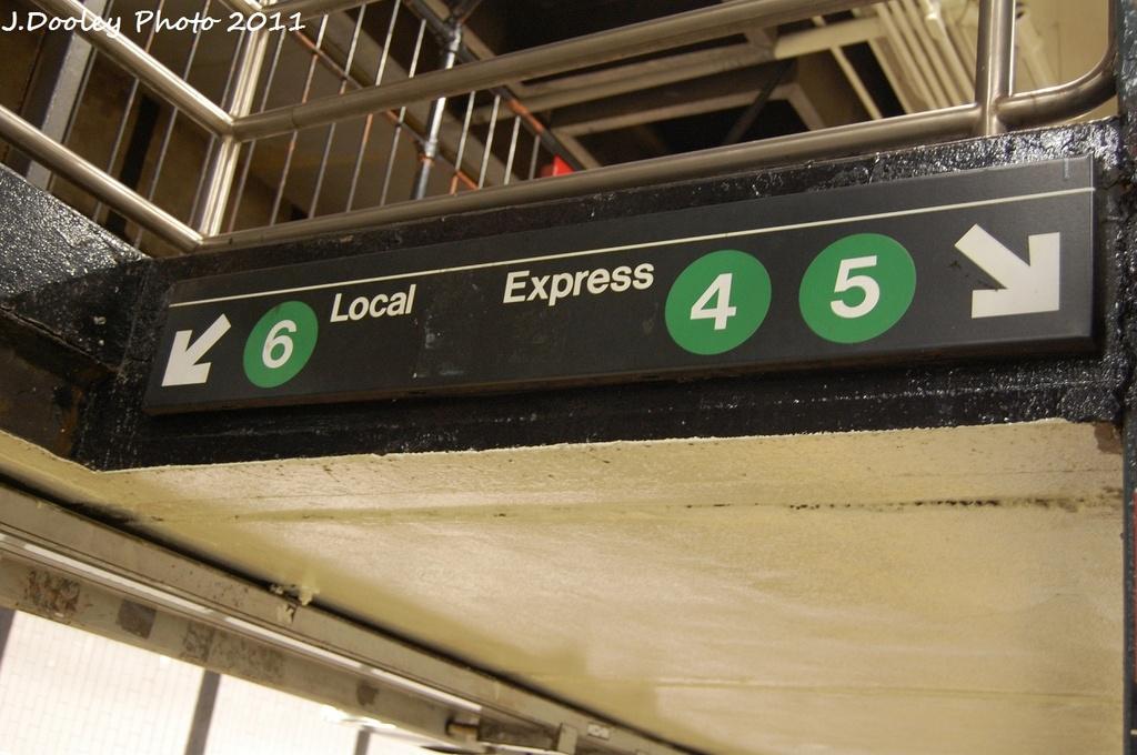 (272k, 1024x680)<br><b>Country:</b> United States<br><b>City:</b> New York<br><b>System:</b> New York City Transit<br><b>Line:</b> IRT East Side Line<br><b>Location:</b> 14th Street/Union Square<br><b>Photo by:</b> John Dooley<br><b>Date:</b> 12/8/2011<br><b>Viewed (this week/total):</b> 1 / 1714