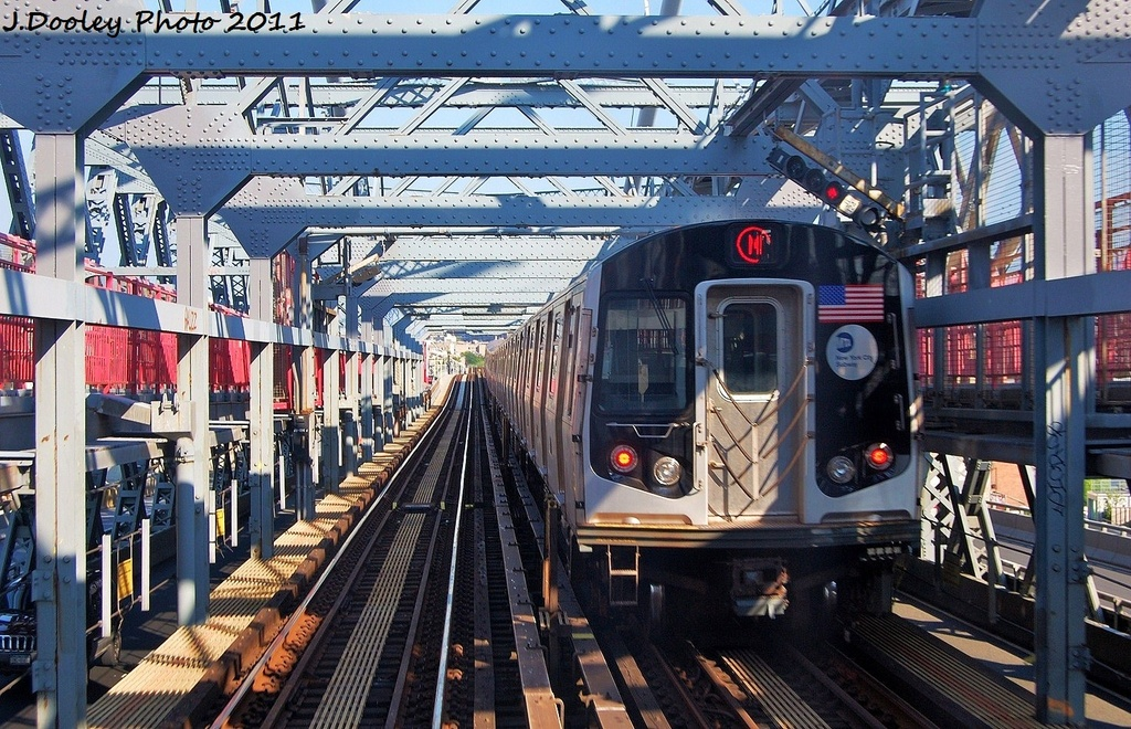 (422k, 1024x660)<br><b>Country:</b> United States<br><b>City:</b> New York<br><b>System:</b> New York City Transit<br><b>Line:</b> BMT Nassau Street-Jamaica Line<br><b>Location:</b> Williamsburg Bridge<br><b>Route:</b> M<br><b>Car:</b> R-160A-1 (Alstom, 2005-2008, 4 car sets) 8556 <br><b>Photo by:</b> John Dooley<br><b>Date:</b> 8/17/2011<br><b>Viewed (this week/total):</b> 0 / 1114