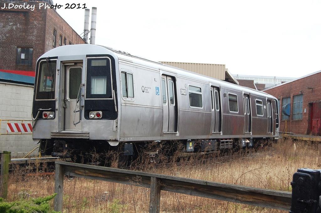 (339k, 1024x680)<br><b>Country:</b> United States<br><b>City:</b> New York<br><b>System:</b> New York City Transit<br><b>Location:</b> 207th Street Yard<br><b>Car:</b> R-110B (Bombardier, 1992) 3003 <br><b>Photo by:</b> John Dooley<br><b>Date:</b> 11/29/2011<br><b>Viewed (this week/total):</b> 3 / 2258