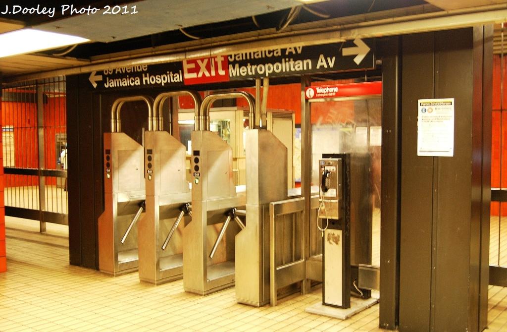 (326k, 1024x670)<br><b>Country:</b> United States<br><b>City:</b> New York<br><b>System:</b> New York City Transit<br><b>Line:</b> IND Queens Boulevard Line<br><b>Location:</b> Jamaica/Van Wyck<br><b>Photo by:</b> John Dooley<br><b>Date:</b> 9/6/2011<br><b>Viewed (this week/total):</b> 0 / 1590