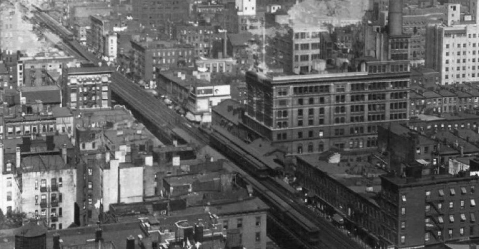 (136k, 951x494)<br><b>Country:</b> United States<br><b>City:</b> New York<br><b>System:</b> New York City Transit<br><b>Line:</b> 3rd Avenue El<br><b>Location:</b> 18th Street<br><b>Collection of:</b> Frank Pfuhler<br><b>Viewed (this week/total):</b> 0 / 1225