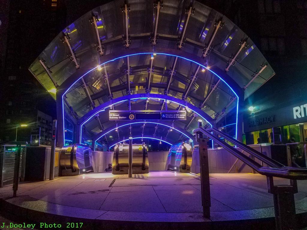 (334k, 1024x768)<br><b>Country:</b> United States<br><b>City:</b> New York<br><b>System:</b> New York City Transit<br><b>Line:</b> 2nd Avenue Subway<br><b>Location:</b> 96th Street<br><b>Photo by:</b> John Dooley<br><b>Date:</b> 10/8/2017<br><b>Viewed (this week/total):</b> 3 / 1127