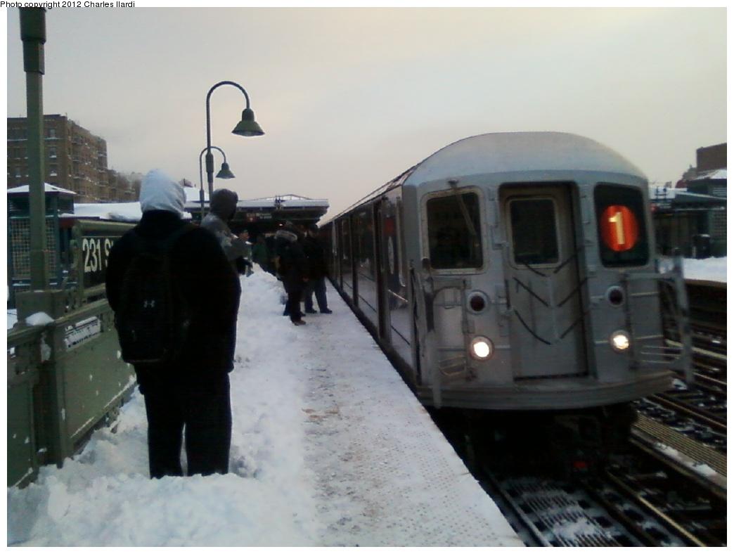 (222k, 1044x788)<br><b>Country:</b> United States<br><b>City:</b> New York<br><b>System:</b> New York City Transit<br><b>Line:</b> IRT West Side Line<br><b>Location:</b> 231st Street<br><b>Route:</b> 1<br><b>Car:</b> R-62A (Bombardier, 1984-1987)  <br><b>Photo by:</b> Charles Ilardi<br><b>Date:</b> 12/27/2010<br><b>Viewed (this week/total):</b> 4 / 1770