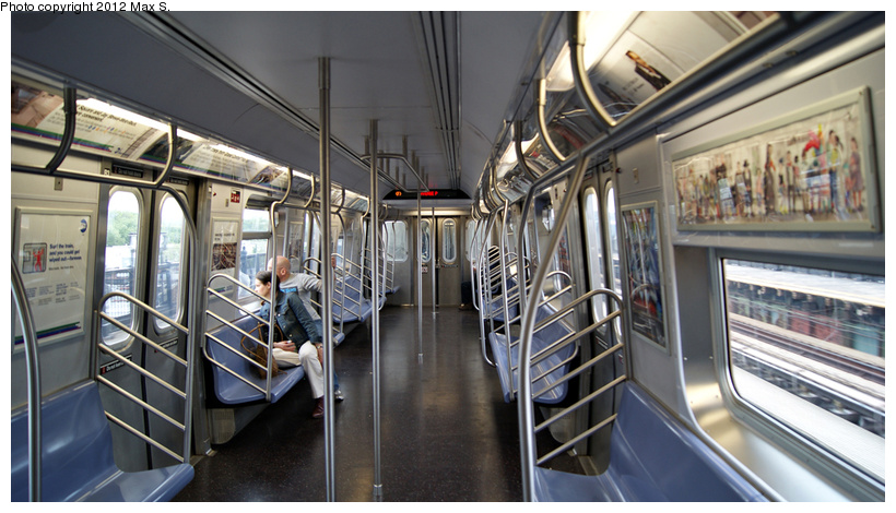 (219k, 820x470)<br><b>Country:</b> United States<br><b>City:</b> New York<br><b>System:</b> New York City Transit<br><b>Car:</b> R-160A (Option 1) (Alstom, 2008-2009, 5 car sets) 9578 <br><b>Photo by:</b> Max S.<br><b>Date:</b> 5/5/2012<br><b>Viewed (this week/total):</b> 1 / 884