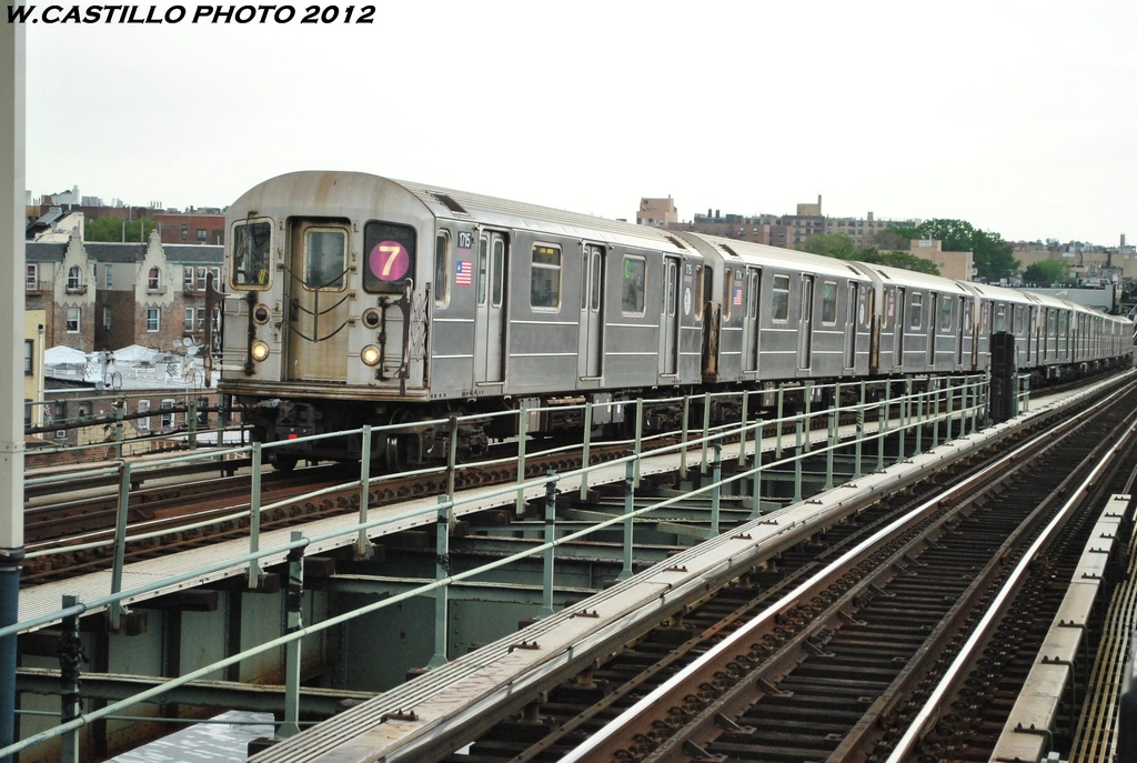 (311k, 1024x687)<br><b>Country:</b> United States<br><b>City:</b> New York<br><b>System:</b> New York City Transit<br><b>Line:</b> IRT Flushing Line<br><b>Location:</b> 61st Street/Woodside<br><b>Route:</b> 7<br><b>Car:</b> R-62A (Bombardier, 1984-1987) 1715 <br><b>Photo by:</b> Wilfredo Castillo<br><b>Date:</b> 5/14/2012<br><b>Viewed (this week/total):</b> 1 / 1351
