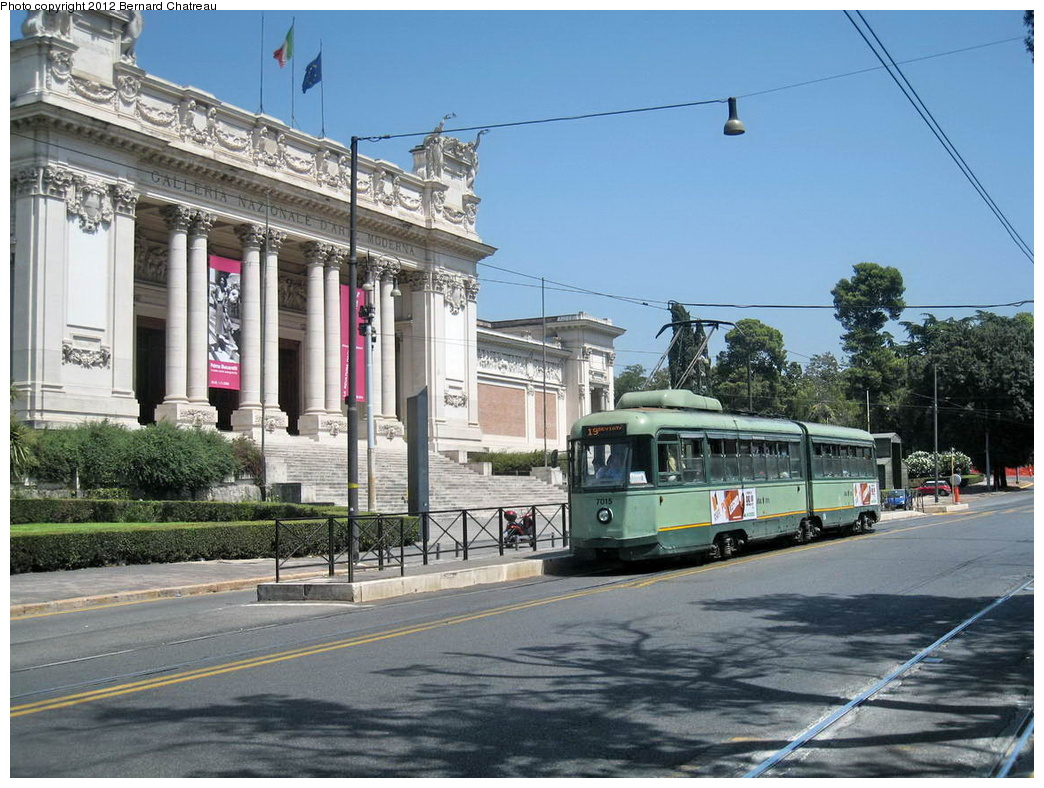 (344k, 1044x788)<br><b>Country:</b> Italy<br><b>City:</b> Rome<br><b>System:</b> ATAC<br><b>Location:</b> Viale della Belle Arti/Galleria Nazionale Arte Moderna<br><b>Route:</b> 19<br><b>Car:</b> Rome 6-Axle (Stanga, 1949-50) 7015 <br><b>Photo by:</b> Bernard Chatreau<br><b>Date:</b> 7/22/2009<br><b>Viewed (this week/total):</b> 1 / 459
