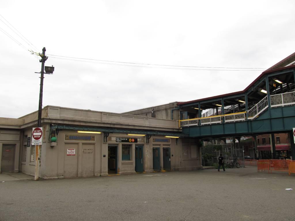 (76k, 1024x768)<br><b>Country:</b> United States<br><b>City:</b> New York<br><b>System:</b> New York City Transit<br><b>Line:</b> BMT West End Line<br><b>Location:</b> 62nd Street<br><b>Photo by:</b> Robbie Rosenfeld<br><b>Date:</b> 6/11/2012<br><b>Viewed (this week/total):</b> 2 / 1303
