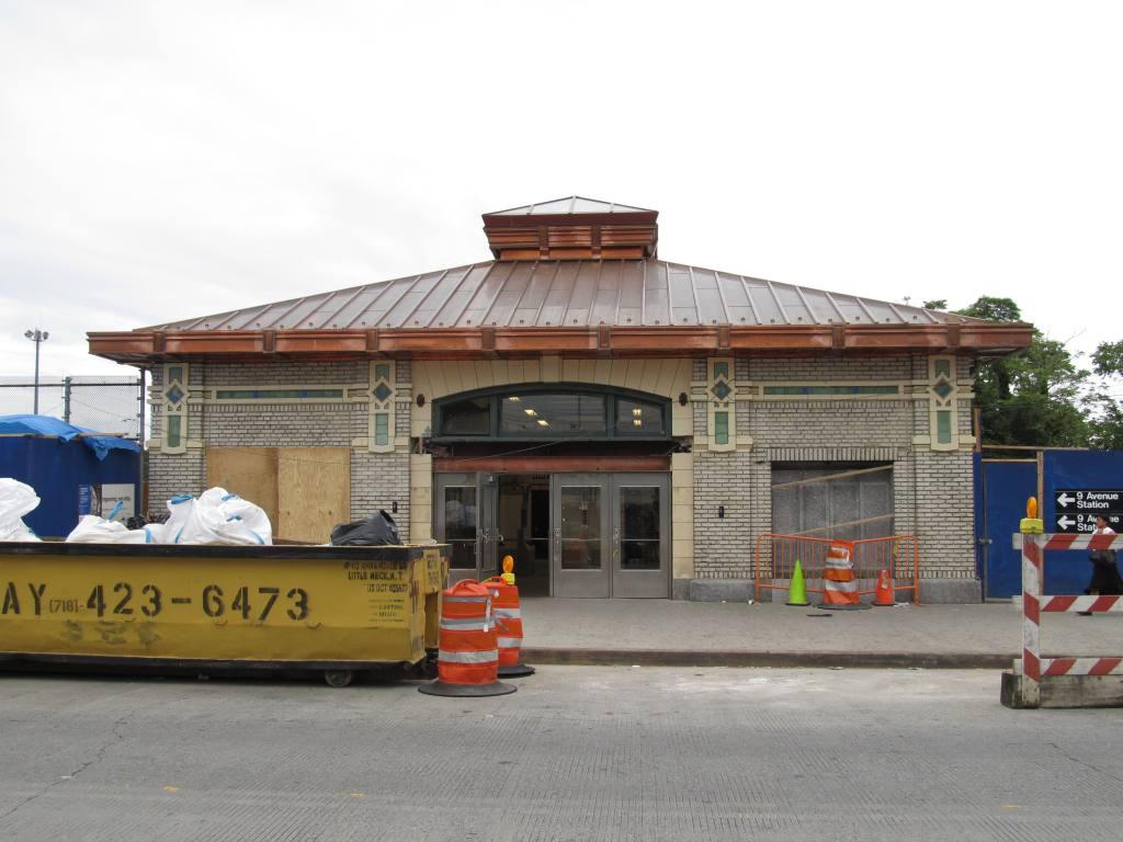 (97k, 1024x768)<br><b>Country:</b> United States<br><b>City:</b> New York<br><b>System:</b> New York City Transit<br><b>Line:</b> BMT West End Line<br><b>Location:</b> 9th Avenue<br><b>Photo by:</b> Robbie Rosenfeld<br><b>Date:</b> 6/11/2012<br><b>Viewed (this week/total):</b> 3 / 1377