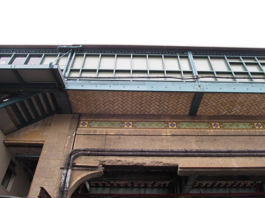 (105k, 1024x768)<br><b>Country:</b> United States<br><b>City:</b> New York<br><b>System:</b> New York City Transit<br><b>Line:</b> BMT West End Line<br><b>Location:</b> Fort Hamilton Parkway<br><b>Photo by:</b> Robbie Rosenfeld<br><b>Date:</b> 6/11/2012<br><b>Viewed (this week/total):</b> 0 / 1337