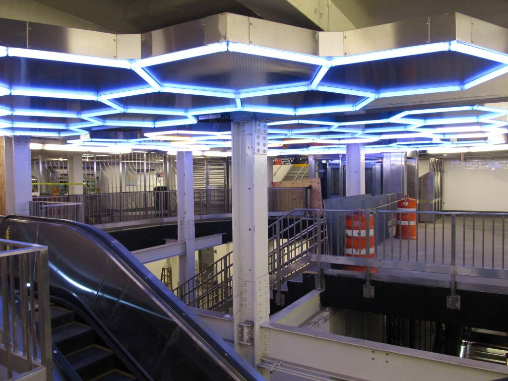 (116k, 1024x768)<br><b>Country:</b> United States<br><b>City:</b> New York<br><b>System:</b> New York City Transit<br><b>Line:</b> IRT East Side Line<br><b>Location:</b> Bleecker Street<br><b>Photo by:</b> Robbie Rosenfeld<br><b>Date:</b> 7/22/2012<br><b>Artwork:</b> <i>Hive</i>, Leo Villareal, 2012<br><b>Viewed (this week/total):</b> 3 / 3121