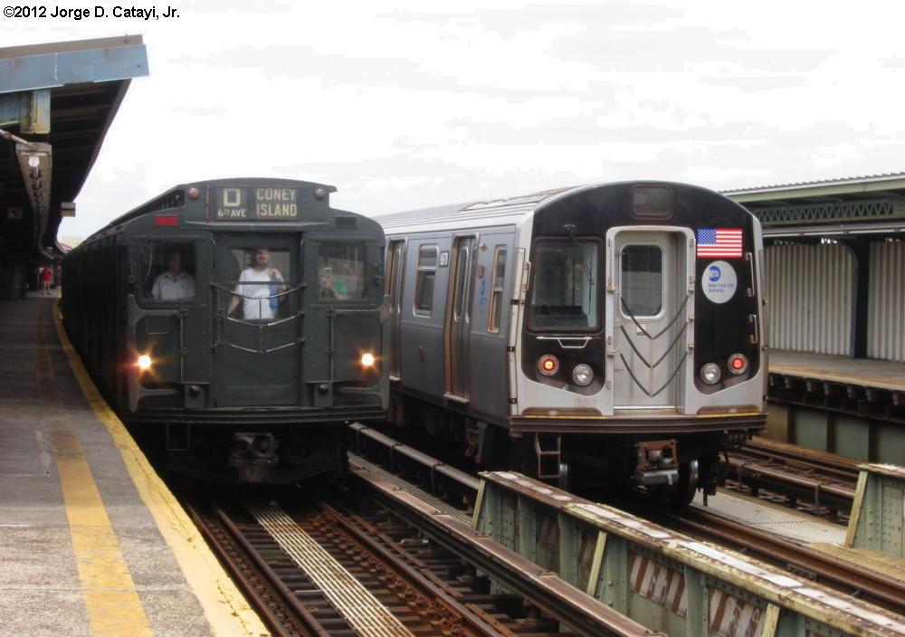(169k, 1000x704)<br><b>Country:</b> United States<br><b>City:</b> New York<br><b>System:</b> New York City Transit<br><b>Line:</b> BMT Culver Line<br><b>Location:</b> Bay Parkway (22nd Avenue)<br><b>Route:</b> NT<br><b>Car:</b> R-6-1 (Pressed Steel, 1936) 1300 <br><b>Photo by:</b> Jorge Catayi<br><b>Date:</b> 7/29/2012<br><b>Notes:</b> With R-160 9678<br><b>Viewed (this week/total):</b> 1 / 1481