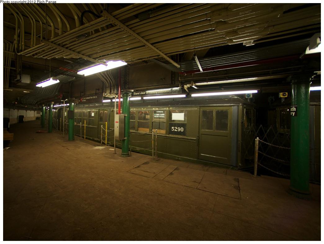 (246k, 1044x788)<br><b>Country:</b> United States<br><b>City:</b> New York<br><b>System:</b> New York City Transit<br><b>Line:</b> IRT West Side Line<br><b>Location:</b> South Ferry (Outer Loop Station)<br><b>Route:</b> Fan Trip<br><b>Car:</b> Low-V (Museum Train) 5290 <br><b>Photo by:</b> Richard Panse<br><b>Date:</b> 10/13/2012<br><b>Viewed (this week/total):</b> 0 / 2682
