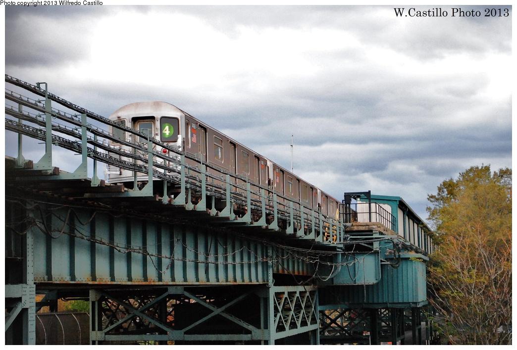 (324k, 1044x707)<br><b>Country:</b> United States<br><b>City:</b> New York<br><b>System:</b> New York City Transit<br><b>Line:</b> IRT Brooklyn Line<br><b>Location:</b> Sutter Avenue/Rutland Road<br><b>Route:</b> 4<br><b>Car:</b> R-62 (Kawasaki, 1983-1985) 1406 <br><b>Photo by:</b> Wilfredo Castillo<br><b>Date:</b> 11/2/2012<br><b>Viewed (this week/total):</b> 0 / 2141