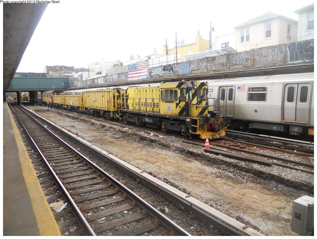 (433k, 1044x788)<br><b>Country:</b> United States<br><b>City:</b> New York<br><b>System:</b> New York City Transit<br><b>Line:</b> BMT Sea Beach Line<br><b>Location:</b> Avenue U<br><b>Route:</b> Work Service<br><b>Car:</b> R-120 Locomotive 906 <br><b>Photo by:</b> Nicholas Noel<br><b>Date:</b> 3/15/2013<br><b>Viewed (this week/total):</b> 0 / 1378