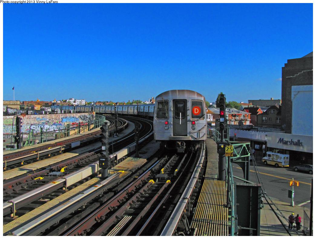 (440k, 1044x788)<br><b>Country:</b> United States<br><b>City:</b> New York<br><b>System:</b> New York City Transit<br><b>Line:</b> BMT West End Line<br><b>Location:</b> 18th Avenue<br><b>Route:</b> D<br><b>Car:</b> R-68 (Westinghouse-Amrail, 1986-1988)  <br><b>Photo by:</b> Vinny LaFaro<br><b>Date:</b> 5/12/2013<br><b>Viewed (this week/total):</b> 9 / 1992