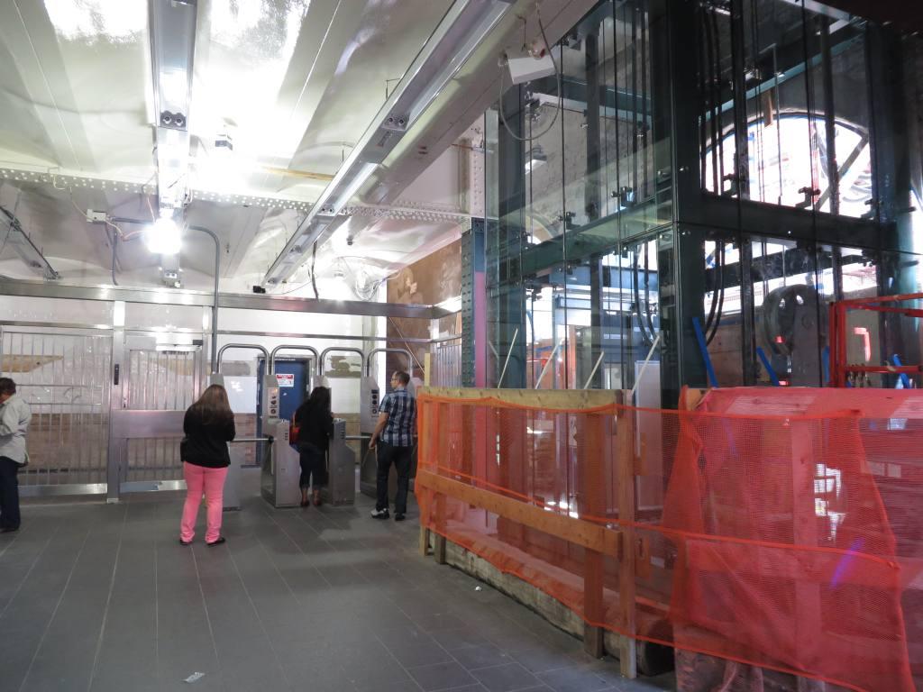 (114k, 1024x768)<br><b>Country:</b> United States<br><b>City:</b> New York<br><b>System:</b> New York City Transit<br><b>Line:</b> IRT West Side Line<br><b>Location:</b> Dyckman Street<br><b>Photo by:</b> Robbie Rosenfeld<br><b>Date:</b> 9/15/2013<br><b>Notes:</b> Station renovation<br><b>Viewed (this week/total):</b> 9 / 1319