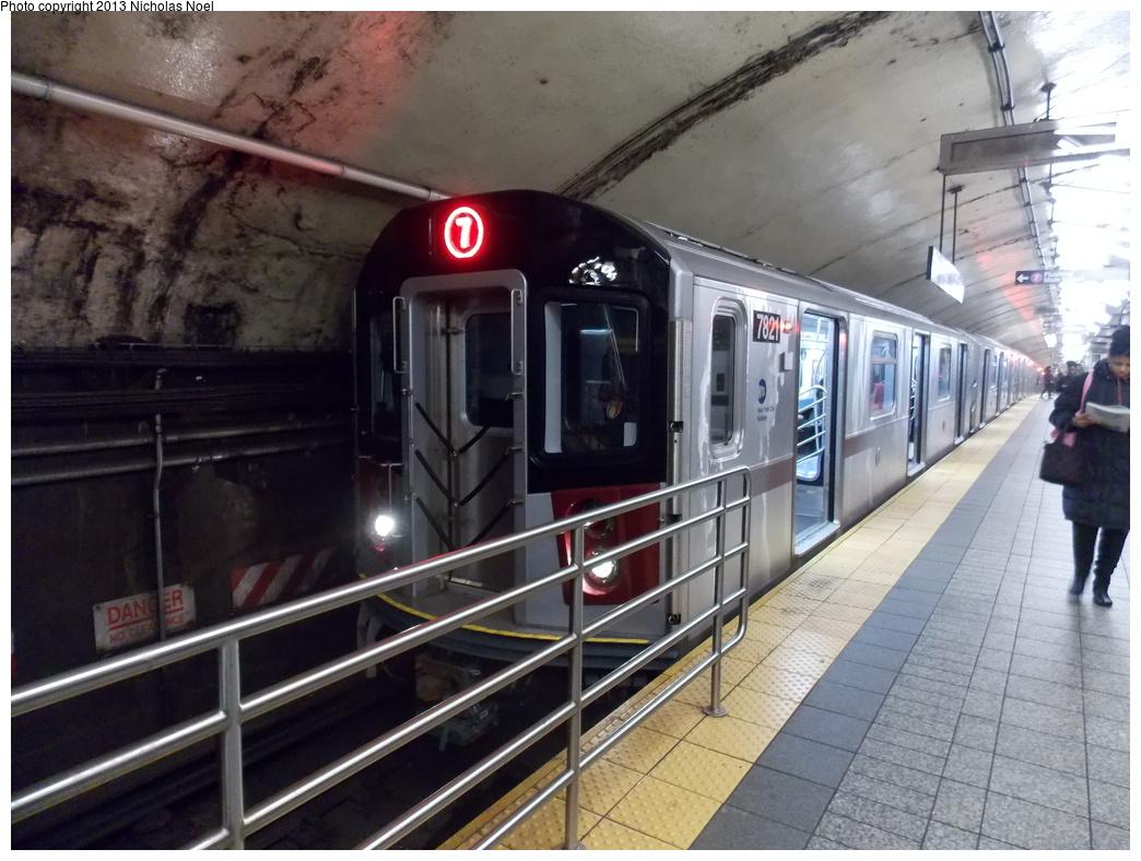 (356k, 1044x788)<br><b>Country:</b> United States<br><b>City:</b> New York<br><b>System:</b> New York City Transit<br><b>Line:</b> IRT Flushing Line<br><b>Location:</b> Grand Central<br><b>Route:</b> 7<br><b>Car:</b> R-188 (Kawasaki, 2012-) 7821 <br><b>Photo by:</b> Nicholas Noel<br><b>Date:</b> 12/1/2013<br><b>Viewed (this week/total):</b> 1 / 2282
