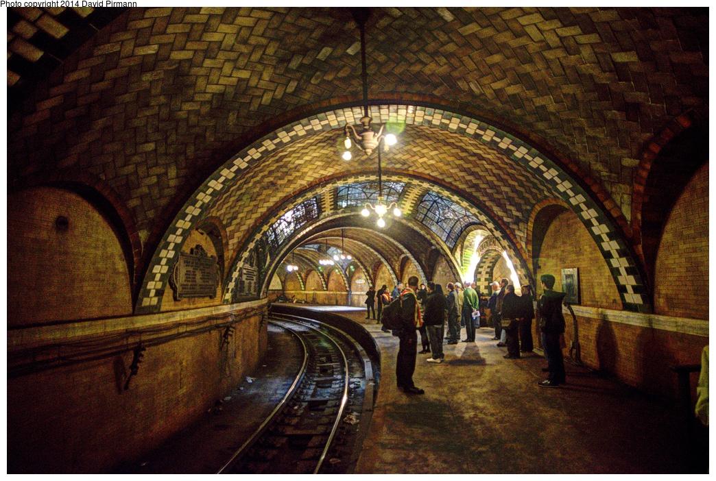 (415k, 1044x702)<br><b>Country:</b> United States<br><b>City:</b> New York<br><b>System:</b> New York City Transit<br><b>Line:</b> IRT East Side Line<br><b>Location:</b> City Hall<br><b>Photo by:</b> David Pirmann<br><b>Date:</b> 4/13/2013<br><b>Viewed (this week/total):</b> 0 / 3103