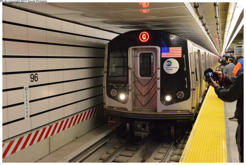 (286k, 1044x703)<br><b>Country:</b> United States<br><b>City:</b> New York<br><b>System:</b> New York City Transit<br><b>Line:</b> 2nd Avenue Subway<br><b>Location:</b> 96th Street<br><b>Photo by:</b> David Pirmann<br><b>Date:</b> 1/1/2017<br><b>Viewed (this week/total):</b> 2 / 1186