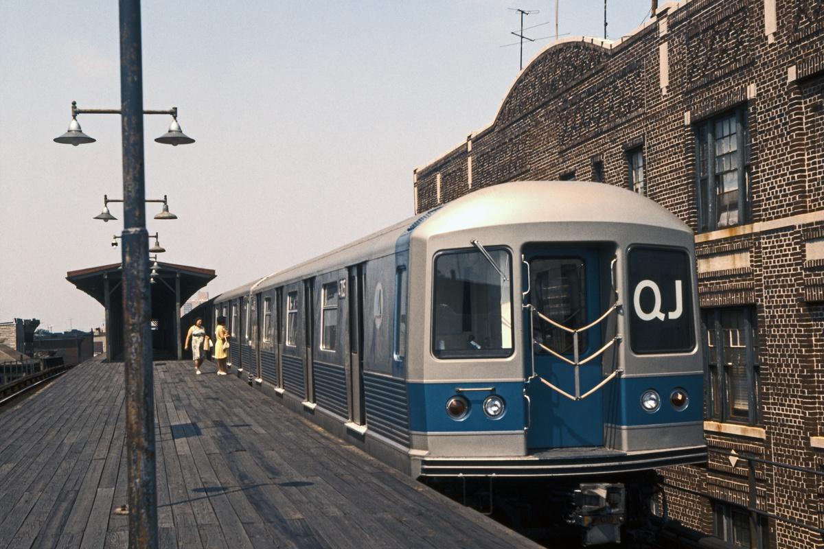 (501k, 1200x800)<br><b>Country:</b> United States<br><b>City:</b> New York<br><b>System:</b> New York City Transit<br><b>Line:</b> BMT Nassau Street-Jamaica Line<br><b>Location:</b> Van Siclen Avenue<br><b>Route:</b> QJ<br><b>Car:</b> R-42 (St. Louis, 1969-1970) 4705 <br><b>Collection of:</b> David Pirmann<br><b>Date:</b> 7/4/1969<br><b>Viewed (this week/total):</b> 4 / 2768