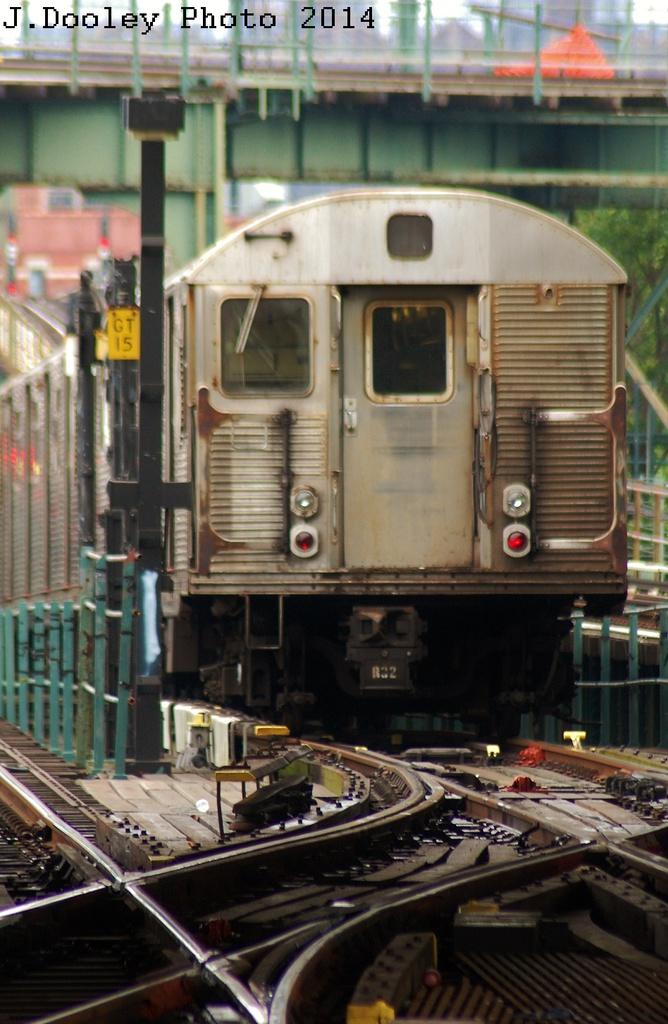 (299k, 668x1024)<br><b>Country:</b> United States<br><b>City:</b> New York<br><b>System:</b> New York City Transit<br><b>Line:</b> BMT Nassau Street-Jamaica Line<br><b>Location:</b> Broadway/East New York (Broadway Junction)<br><b>Route:</b> J<br><b>Car:</b> R-32 (Budd, 1964)  <br><b>Photo by:</b> John Dooley<br><b>Date:</b> 6/9/2014<br><b>Viewed (this week/total):</b> 4 / 1196