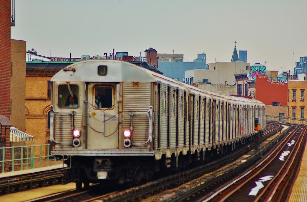 (310k, 1024x675)<br><b>Country:</b> United States<br><b>City:</b> New York<br><b>System:</b> New York City Transit<br><b>Line:</b> BMT Nassau Street-Jamaica Line<br><b>Location:</b> Lorimer Street<br><b>Route:</b> J<br><b>Car:</b> R-32 (Budd, 1964)  <br><b>Photo by:</b> John Dooley<br><b>Date:</b> 6/9/2014<br><b>Viewed (this week/total):</b> 0 / 1587