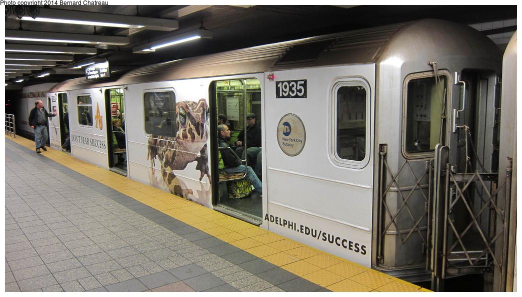 (271k, 1044x595)<br><b>Country:</b> United States<br><b>City:</b> New York<br><b>System:</b> New York City Transit<br><b>Line:</b> IRT Times Square-Grand Central Shuttle<br><b>Location:</b> Grand Central<br><b>Route:</b> S<br><b>Car:</b> R-62A (Bombardier, 1984-1987) 1935 <br><b>Photo by:</b> Bernard Chatreau<br><b>Date:</b> 4/8/2011<br><b>Viewed (this week/total):</b> 4 / 799