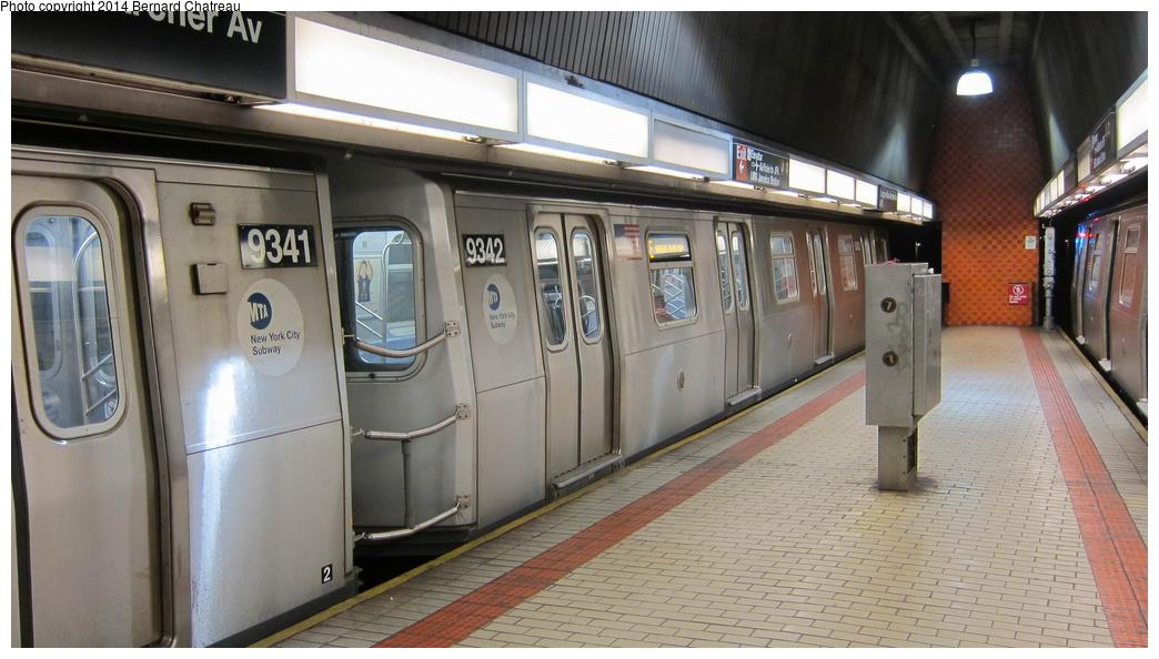 (248k, 1044x594)<br><b>Country:</b> United States<br><b>City:</b> New York<br><b>System:</b> New York City Transit<br><b>Line:</b> IND Queens Boulevard Line<br><b>Location:</b> Sutphin Blvd.-Archer Ave./JFK<br><b>Route:</b> E<br><b>Car:</b> R-160A (Option 1) (Alstom, 2008-2009, 5 car sets) 9342 <br><b>Photo by:</b> Bernard Chatreau<br><b>Date:</b> 4/8/2011<br><b>Viewed (this week/total):</b> 8 / 1164