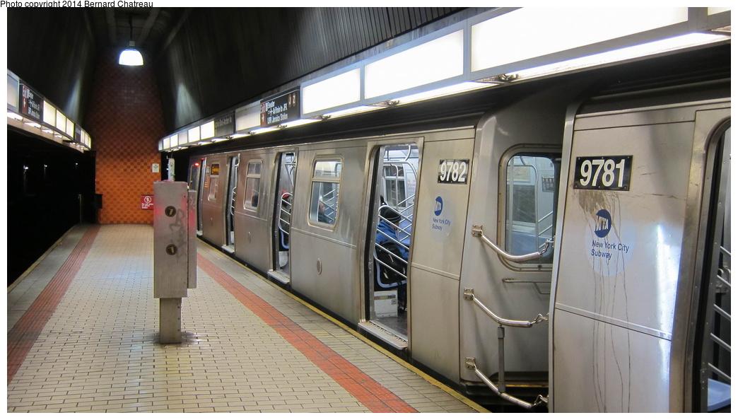 (244k, 1044x594)<br><b>Country:</b> United States<br><b>City:</b> New York<br><b>System:</b> New York City Transit<br><b>Line:</b> IND Queens Boulevard Line<br><b>Location:</b> Sutphin Blvd.-Archer Ave./JFK<br><b>Route:</b> E<br><b>Car:</b> R-160A (Option 2) (Alstom, 2009, 5-car sets) 9782 <br><b>Photo by:</b> Bernard Chatreau<br><b>Date:</b> 4/8/2011<br><b>Viewed (this week/total):</b> 8 / 1278