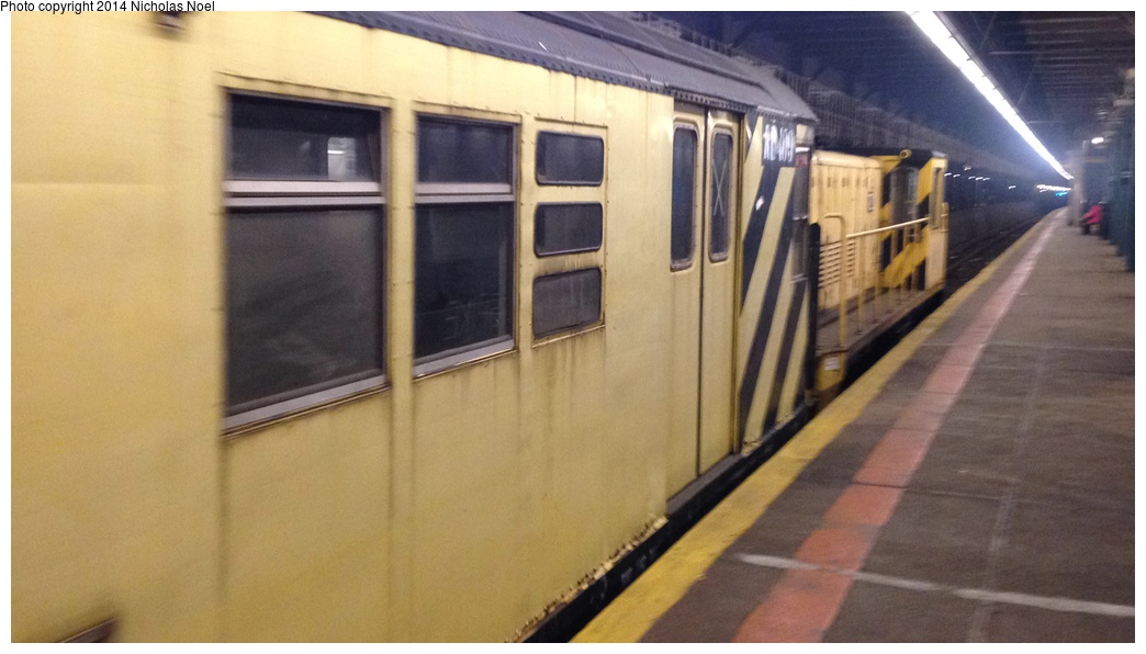(203k, 1044x596)<br><b>Country:</b> United States<br><b>City:</b> New York<br><b>System:</b> New York City Transit<br><b>Line:</b> IRT Dyre Ave. Line<br><b>Location:</b> Pelham Parkway<br><b>Route:</b> Work Service<br><b>Car:</b> R-161 Rider Car (ex-R-33) RD409 <br><b>Photo by:</b> Nicholas Noel<br><b>Date:</b> 10/14/2014<br><b>Viewed (this week/total):</b> 2 / 1400