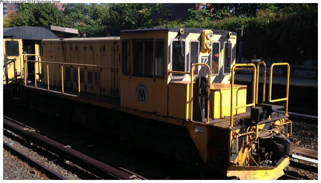 (258k, 1044x596)<br><b>Country:</b> United States<br><b>City:</b> New York<br><b>System:</b> New York City Transit<br><b>Line:</b> IRT Dyre Ave. Line<br><b>Location:</b> Baychester Avenue<br><b>Route:</b> Work Service<br><b>Car:</b> R-52 Locomotive 72 <br><b>Photo by:</b> Nicholas Noel<br><b>Date:</b> 10/14/2014<br><b>Viewed (this week/total):</b> 8 / 827