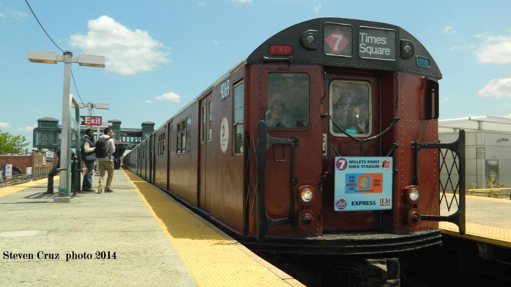(201k, 1024x576)<br><b>Country:</b> United States<br><b>City:</b> New York<br><b>System:</b> New York City Transit<br><b>Line:</b> IRT Flushing Line<br><b>Location:</b> Junction Boulevard<br><b>Route:</b> Museum Train Service (7)<br><b>Car:</b> R-33 Main Line (St. Louis, 1962-63) 9069 <br><b>Photo by:</b> Steven Cruz<br><b>Date:</b> 5/17/2014<br><b>Viewed (this week/total):</b> 0 / 1700