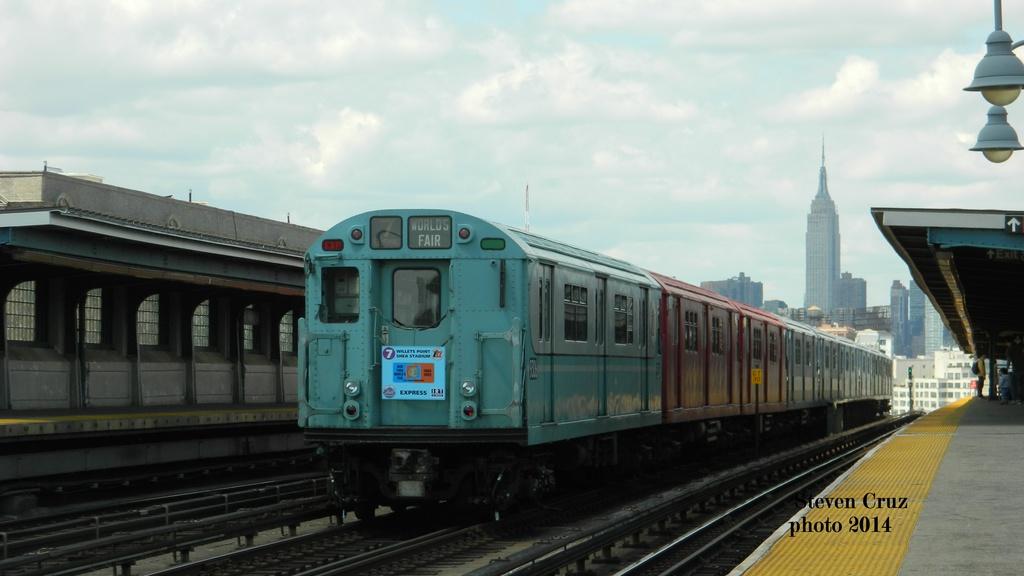 (177k, 1024x576)<br><b>Country:</b> United States<br><b>City:</b> New York<br><b>System:</b> New York City Transit<br><b>Line:</b> IRT Flushing Line<br><b>Location:</b> 40th Street/Lowery Street<br><b>Route:</b> Museum Train Service (7)<br><b>Car:</b> R-33 World's Fair (St. Louis, 1963-64) 9306 <br><b>Photo by:</b> Steven Cruz<br><b>Date:</b> 5/17/2014<br><b>Viewed (this week/total):</b> 0 / 1628