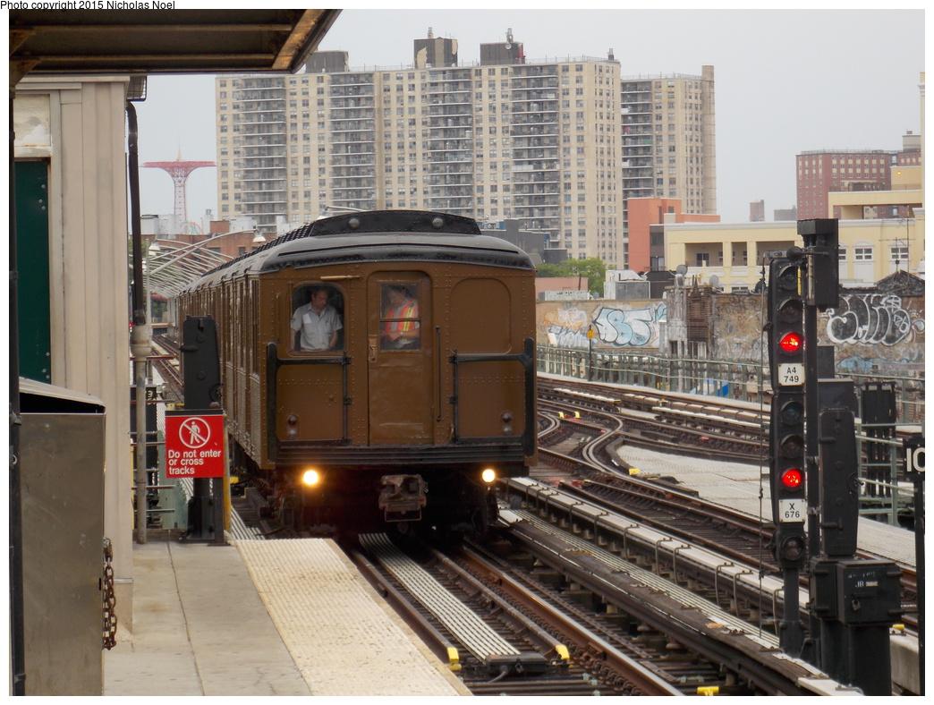 (405k, 1044x788)<br><b>Country:</b> United States<br><b>City:</b> New York<br><b>System:</b> New York City Transit<br><b>Line:</b> BMT Brighton Line<br><b>Location:</b> Brighton Beach<br><b>Route:</b> Museum Train Service<br><b>Car:</b> BMT A/B-Type Standard 2392 <br><b>Photo by:</b> Nicholas Noel<br><b>Date:</b> 6/27/2015<br><b>Notes:</b> BMT 100th Anniversary celebration service.<br><b>Viewed (this week/total):</b> 3 / 1254