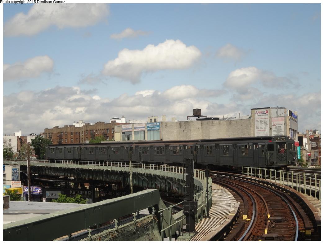 (327k, 1044x788)<br><b>Country:</b> United States<br><b>City:</b> New York<br><b>System:</b> New York City Transit<br><b>Line:</b> BMT Brighton Line<br><b>Location:</b> Brighton Beach<br><b>Route:</b> Museum Train Service<br><b>Car:</b> R-9 (Pressed Steel, 1940) 1802 <br><b>Photo by:</b> Denilson Gomez<br><b>Date:</b> 6/28/2015<br><b>Notes:</b> BMT 100th Anniversary celebration.<br><b>Viewed (this week/total):</b> 1 / 1307