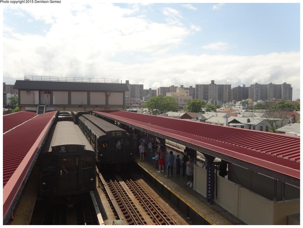 (305k, 1044x788)<br><b>Country:</b> United States<br><b>City:</b> New York<br><b>System:</b> New York City Transit<br><b>Line:</b> BMT Brighton Line<br><b>Location:</b> Brighton Beach<br><b>Route:</b> Museum Train Service<br><b>Car:</b> R-6-3 (American Car & Foundry, 1935) 1000 <br><b>Photo by:</b> Denilson Gomez<br><b>Date:</b> 6/28/2015<br><b>Viewed (this week/total):</b> 0 / 1623