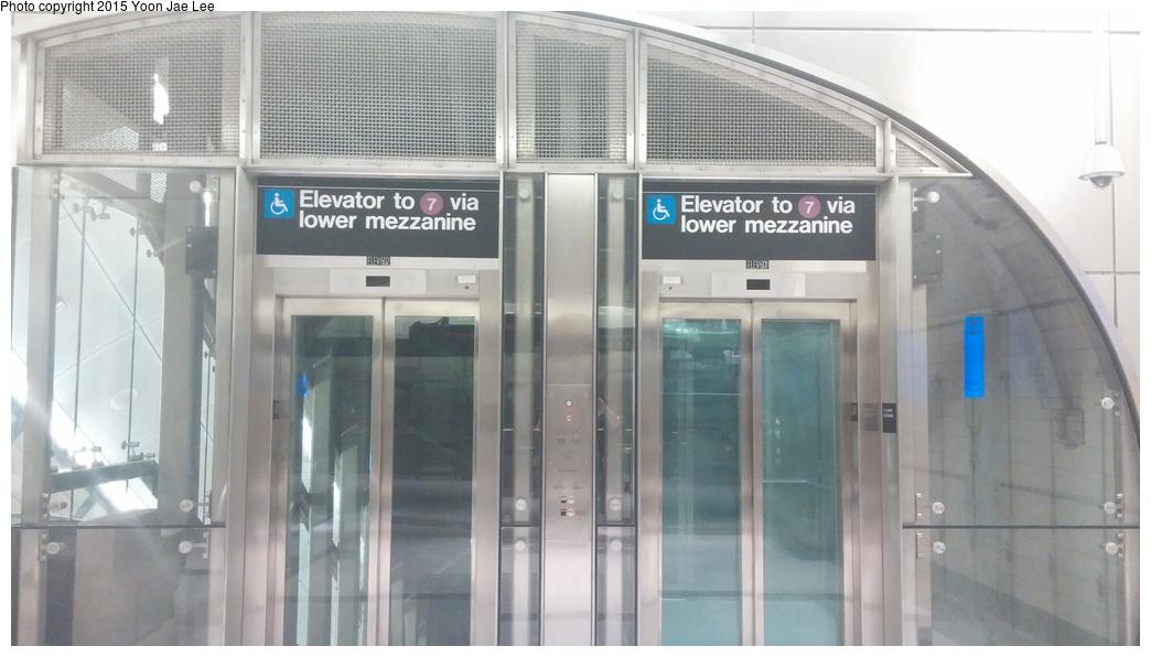 (207k, 1044x596)<br><b>Country:</b> United States<br><b>City:</b> New York<br><b>System:</b> New York City Transit<br><b>Line:</b> IRT Flushing Line<br><b>Location:</b> 34th Street-Hudson Yards<br><b>Photo by:</b> Yoon Jae Lee<br><b>Date:</b> 9/14/2015<br><b>Viewed (this week/total):</b> 0 / 1309