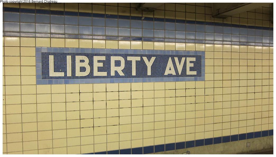 (242k, 1044x595)<br><b>Country:</b> United States<br><b>City:</b> New York<br><b>System:</b> New York City Transit<br><b>Line:</b> IND Fulton Street Line<br><b>Location:</b> Liberty Avenue<br><b>Photo by:</b> Bernard Chatreau<br><b>Date:</b> 9/25/2011<br><b>Viewed (this week/total):</b> 2 / 1272