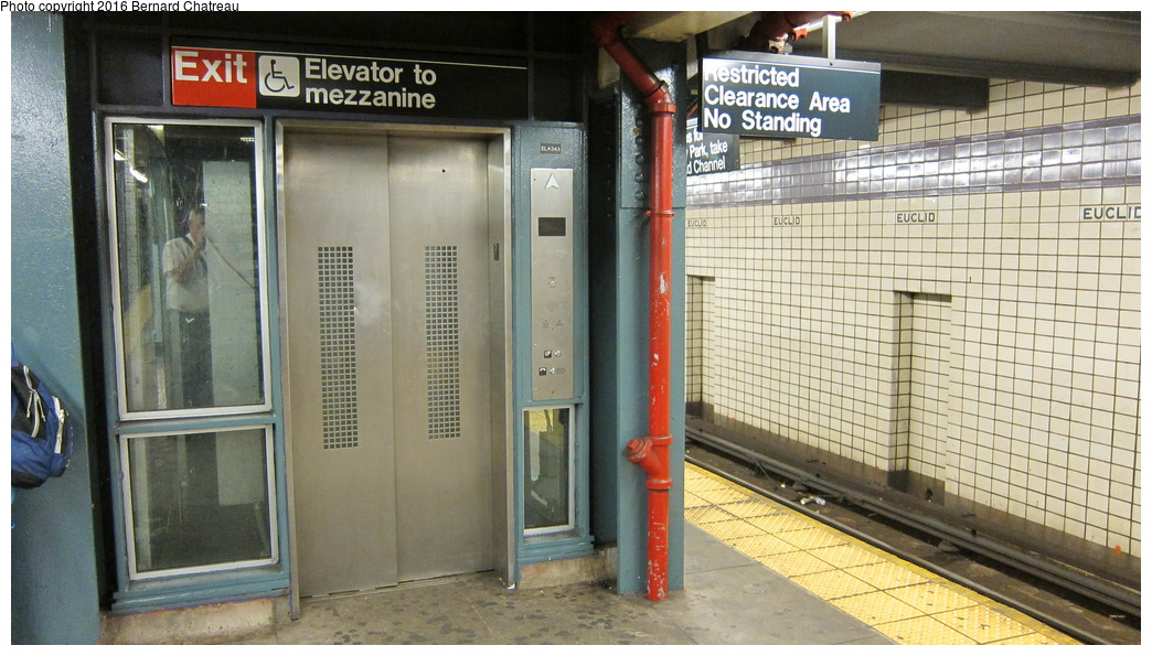 (296k, 1044x595)<br><b>Country:</b> United States<br><b>City:</b> New York<br><b>System:</b> New York City Transit<br><b>Line:</b> IND Fulton Street Line<br><b>Location:</b> Euclid Avenue<br><b>Photo by:</b> Bernard Chatreau<br><b>Date:</b> 9/25/2011<br><b>Viewed (this week/total):</b> 1 / 926