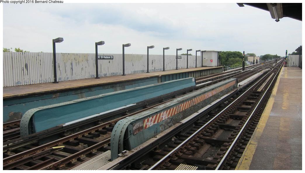 (245k, 1044x594)<br><b>Country:</b> United States<br><b>City:</b> New York<br><b>System:</b> New York City Transit<br><b>Line:</b> IND Fulton Street Line<br><b>Location:</b> 80th Street-Hudson Street<br><b>Photo by:</b> Bernard Chatreau<br><b>Date:</b> 9/25/2011<br><b>Viewed (this week/total):</b> 0 / 755