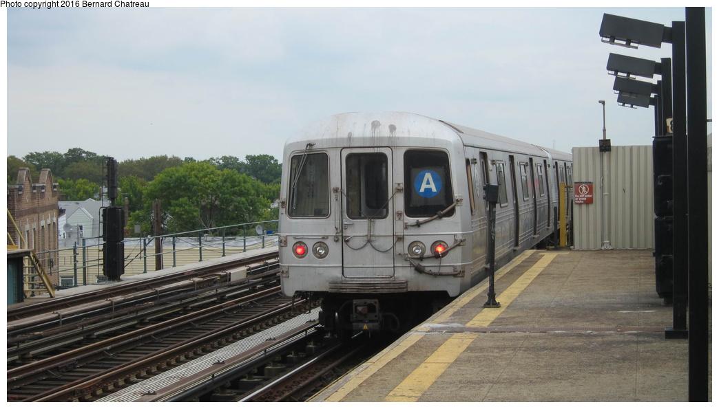 (221k, 1044x595)<br><b>Country:</b> United States<br><b>City:</b> New York<br><b>System:</b> New York City Transit<br><b>Line:</b> IND Fulton Street Line<br><b>Location:</b> 88th Street-Boyd Avenue<br><b>Route:</b> A<br><b>Car:</b> R-46 (Pullman-Standard, 1974-75) 6168 <br><b>Photo by:</b> Bernard Chatreau<br><b>Date:</b> 9/25/2011<br><b>Viewed (this week/total):</b> 1 / 894