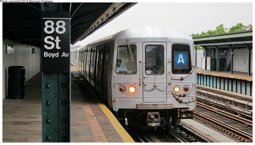 (246k, 1044x594)<br><b>Country:</b> United States<br><b>City:</b> New York<br><b>System:</b> New York City Transit<br><b>Line:</b> IND Fulton Street Line<br><b>Location:</b> 88th Street-Boyd Avenue<br><b>Route:</b> A<br><b>Car:</b> R-46 (Pullman-Standard, 1974-75)  <br><b>Photo by:</b> Bernard Chatreau<br><b>Date:</b> 9/25/2011<br><b>Viewed (this week/total):</b> 3 / 1054