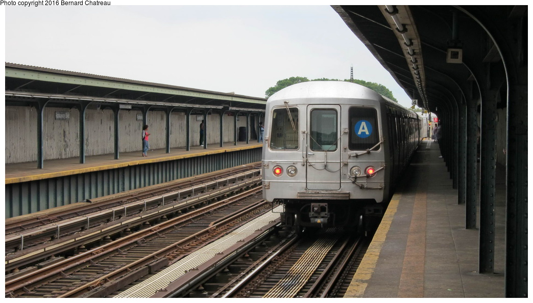 (233k, 1044x595)<br><b>Country:</b> United States<br><b>City:</b> New York<br><b>System:</b> New York City Transit<br><b>Line:</b> IND Fulton Street Line<br><b>Location:</b> Rockaway Boulevard<br><b>Route:</b> A<br><b>Car:</b> R-46 (Pullman-Standard, 1974-75)  <br><b>Photo by:</b> Bernard Chatreau<br><b>Date:</b> 9/25/2011<br><b>Viewed (this week/total):</b> 0 / 859