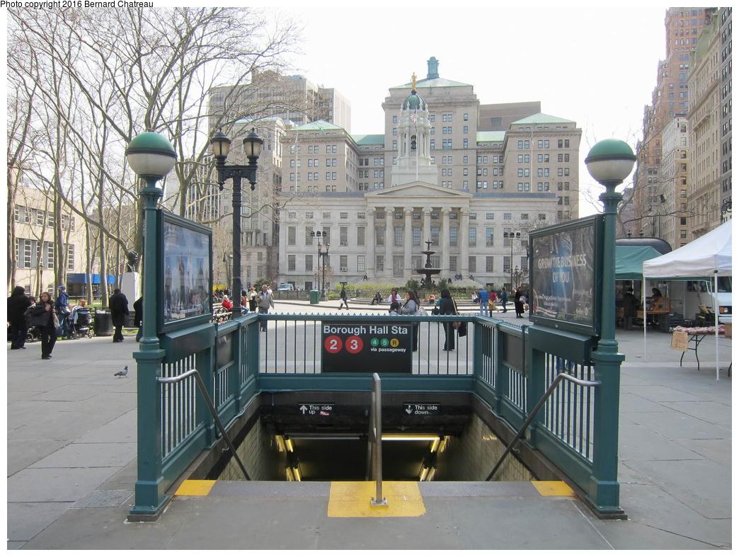 (371k, 1044x787)<br><b>Country:</b> United States<br><b>City:</b> New York<br><b>System:</b> New York City Transit<br><b>Line:</b> IRT Brooklyn Line<br><b>Location:</b> Borough Hall (West Side Branch)<br><b>Photo by:</b> Bernard Chatreau<br><b>Date:</b> 4/14/2011<br><b>Viewed (this week/total):</b> 0 / 1256