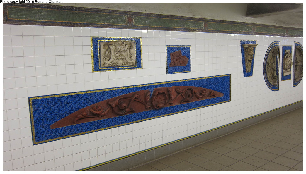(249k, 1044x595)<br><b>Country:</b> United States<br><b>City:</b> New York<br><b>System:</b> New York City Transit<br><b>Line:</b> IRT Brooklyn Line<br><b>Location:</b> Eastern Parkway/Brooklyn Museum<br><b>Photo by:</b> Bernard Chatreau<br><b>Date:</b> 4/14/2011<br><b>Viewed (this week/total):</b> 1 / 1079