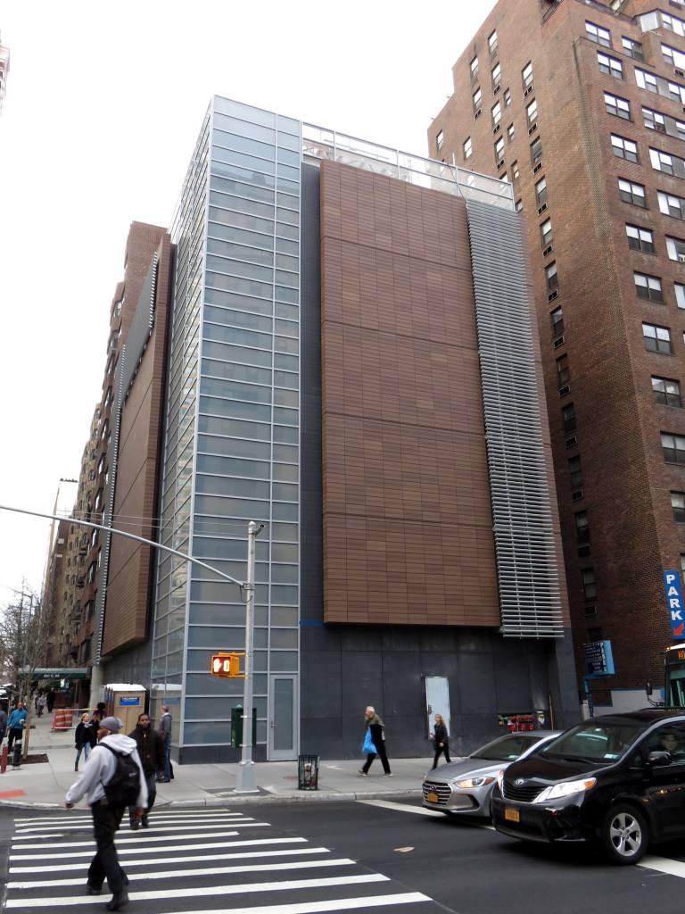 (138k, 768x1024)<br><b>Country:</b> United States<br><b>City:</b> New York<br><b>System:</b> New York City Transit<br><b>Line:</b> 2nd Avenue Subway<br><b>Location:</b> 72nd Street<br><b>Photo by:</b> Robbie Rosenfeld<br><b>Date:</b> 1/12/2017<br><b>Notes:</b> Ventilation building at 69th Street.<br><b>Viewed (this week/total):</b> 2 / 1059