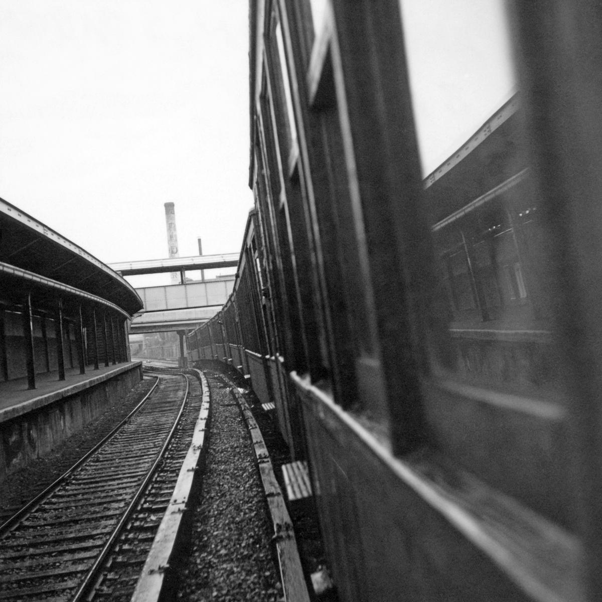 (476k, 1200x1200)<br><b>Country:</b> United States<br><b>City:</b> New York<br><b>System:</b> New York City Transit<br><b>Line:</b> BMT Sea Beach Line<br><b>Location:</b> 8th Avenue<br><b>Route:</b> Fan Trip<br><b>Car:</b> BMT Q  <br><b>Collection of:</b> David Pirmann<br><b>Date:</b> 4/19/1964<br><b>Viewed (this week/total):</b> 0 / 1105