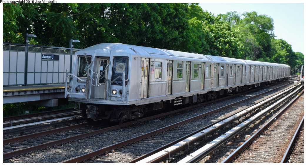 (367k, 1044x564)<br><b>Country:</b> United States<br><b>City:</b> New York<br><b>System:</b> New York City Transit<br><b>Line:</b> BMT Brighton Line<br><b>Location:</b> Avenue U<br><b>Route:</b> Museum Train Service<br><b>Car:</b> R-40 (St. Louis, 1968) 4280 <br><b>Photo by:</b> Joe Mirabella<br><b>Date:</b> 6/26/2016<br><b>Notes:</b> NY Transit Museum 40th anniversary parade of trains.<br><b>Viewed (this week/total):</b> 0 / 1955