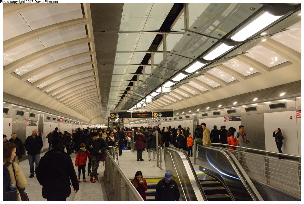 (318k, 1044x703)<br><b>Country:</b> United States<br><b>City:</b> New York<br><b>System:</b> New York City Transit<br><b>Line:</b> 2nd Avenue Subway<br><b>Location:</b> 86th Street<br><b>Photo by:</b> David Pirmann<br><b>Date:</b> 1/1/2017<br><b>Viewed (this week/total):</b> 1 / 885
