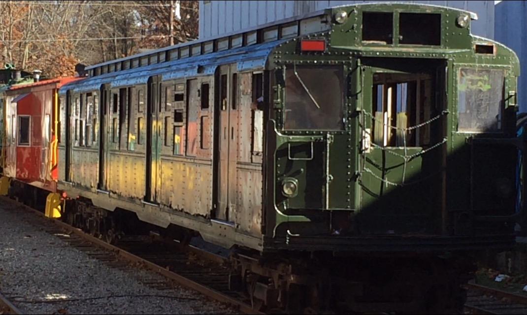 (177k, 1070x640)<br><b>Country:</b> United States<br><b>City:</b> New York<br><b>System:</b> New York City Transit<br><b>Location:</b> Craggy Mountain Line, Asheville NC<br><b>Car:</b> R-6-3 (American Car & Foundry, 1935) 983 <br><b>Photo by:</b> Rocky Hollifield<br><b>Date:</b> 11/19/2015<br><b>Viewed (this week/total):</b> 3 / 2303